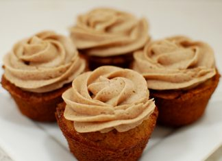 Brown Rose Cupcake