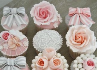Beautiful Wedding Cupcakes