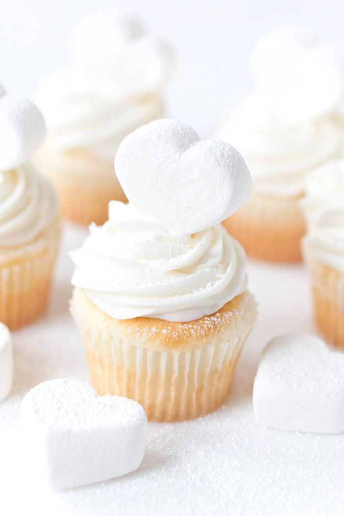 Marshmallow Cute Hearts Cupcakes
