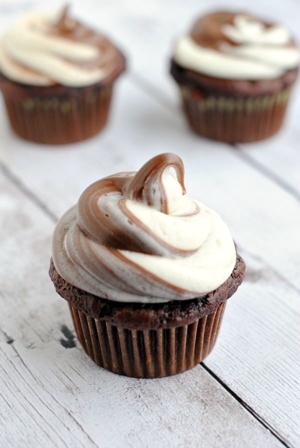 Nutella Swirl Chocolate Cupcakes