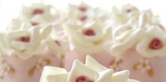 Classy White Roses Cupcakes