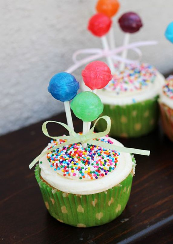 Lolli Balloon Cupcakes