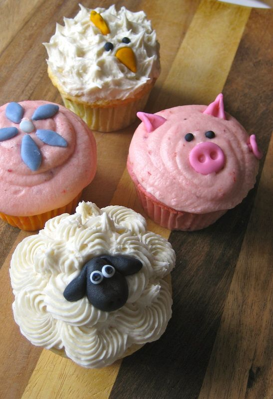 Crazy Farm Animal Cupcakes