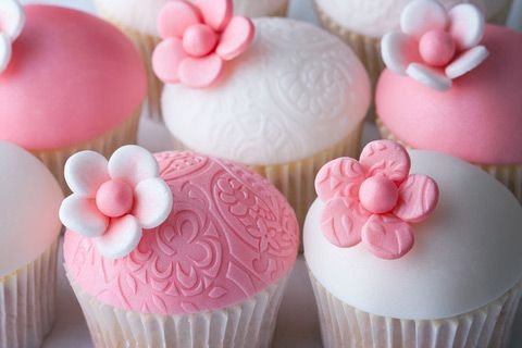 Great Cute Pink Flower Topped Baby Shower Cupcakes