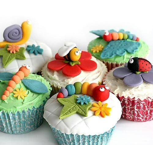 Cupcake Decorating Ideas Insects : 35 Amazing Animal Cupcakes - Cupcakes Gallery
