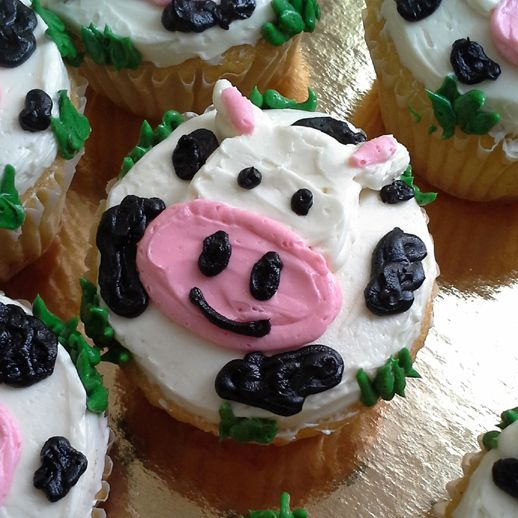 Happy Cow Cupcakes