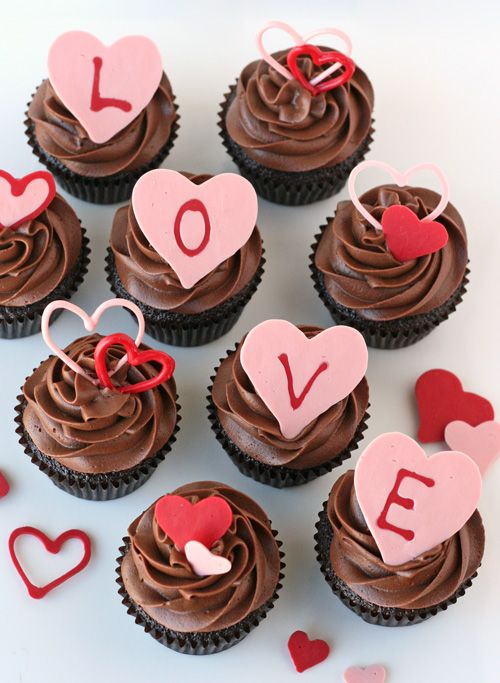 Love Chocolate Cupcakes