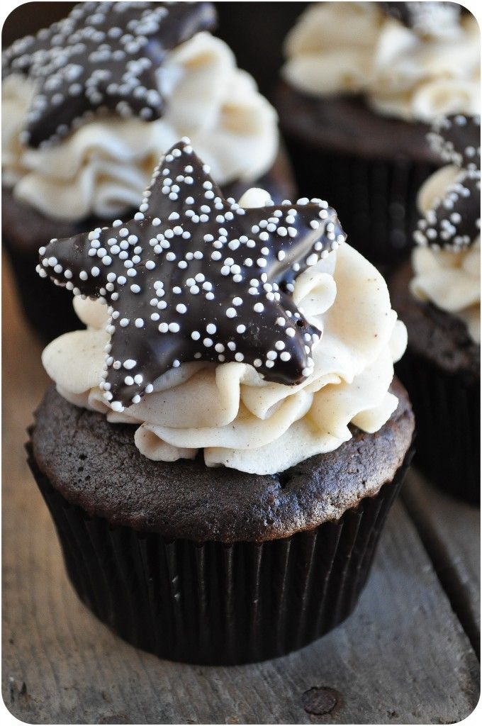 Star Hot Chocolate Cupcakes