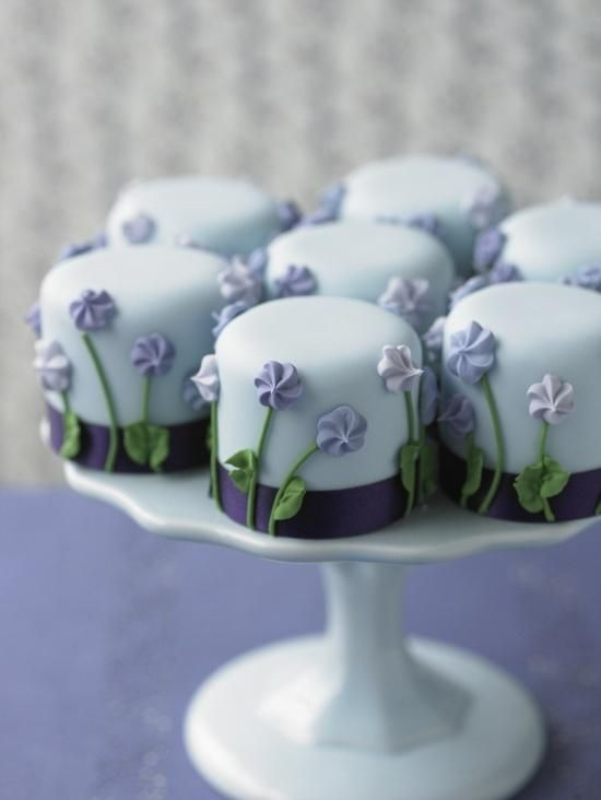 Adorable Blue Flower Cupcakes