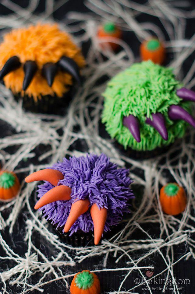 Eerie Clawed Cupcakes