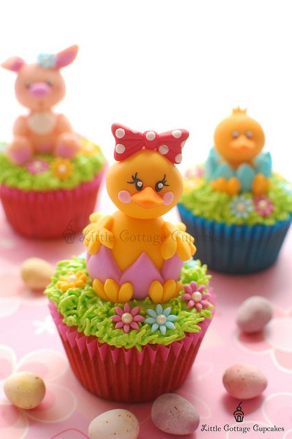 Gorgeous Easter Chick Cupcakes