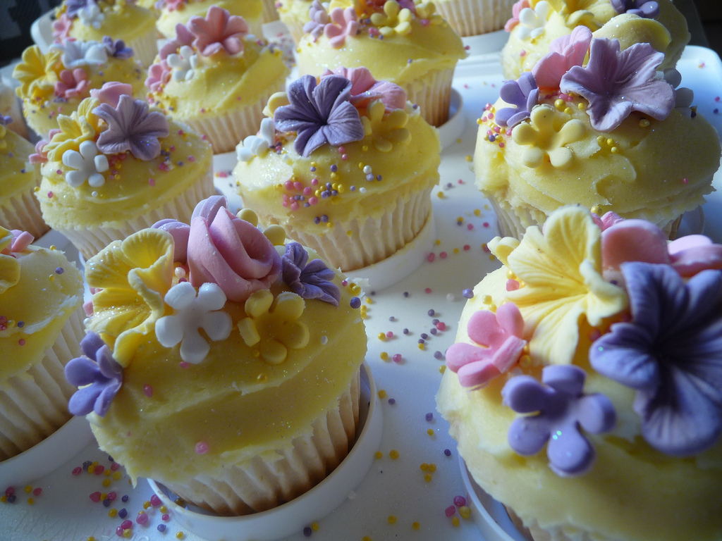 Ravishing Flowers Cupcakes