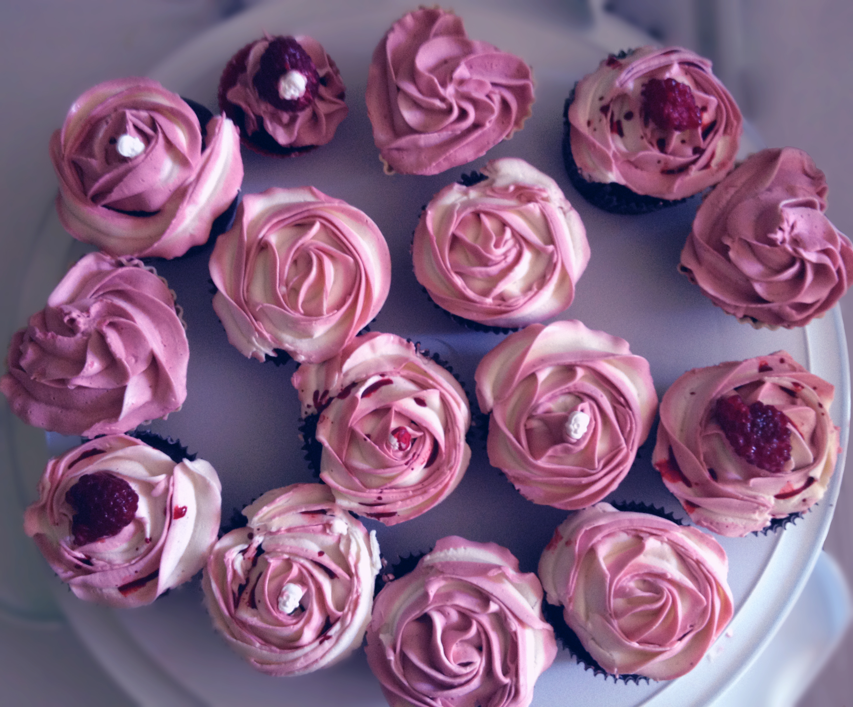 30 Enticing Flower Cupcakes