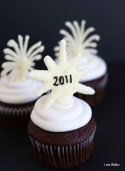 Cupcake Decorating Ideas New Years Eve : New Year s Eve Cupcakes