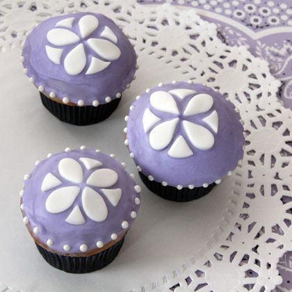 Beautiful Purple Cupcakes