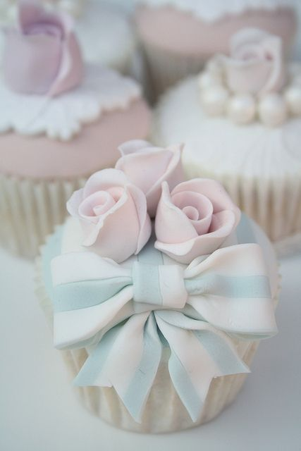 Blue and White Bow Cupcakes