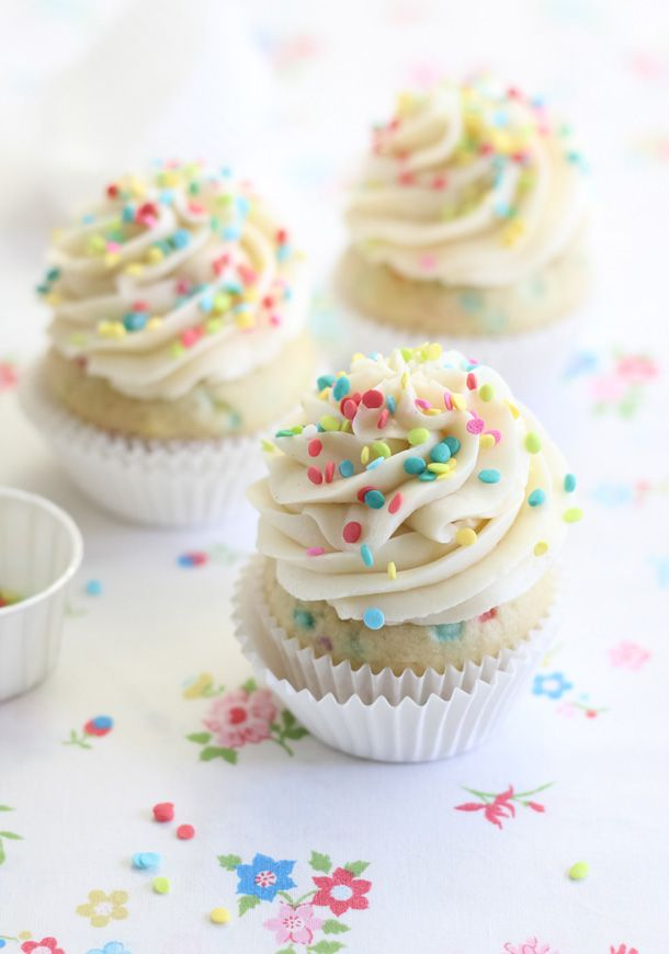 Cake Batter Frosted Confetti Cupcakes