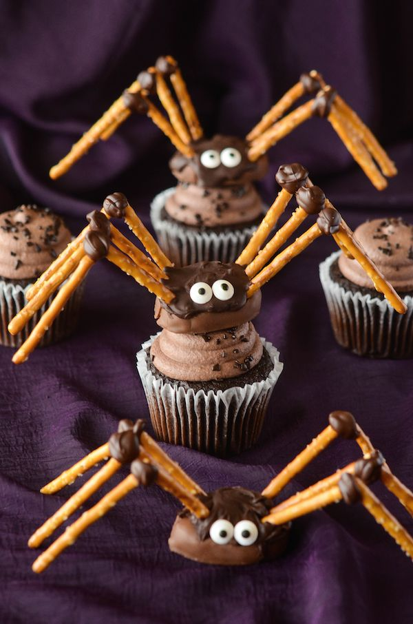 Chocolate Spider Cupcake Toppers