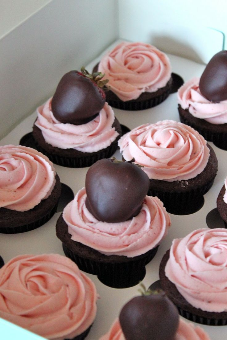 Chocolate Strawberry Toppers