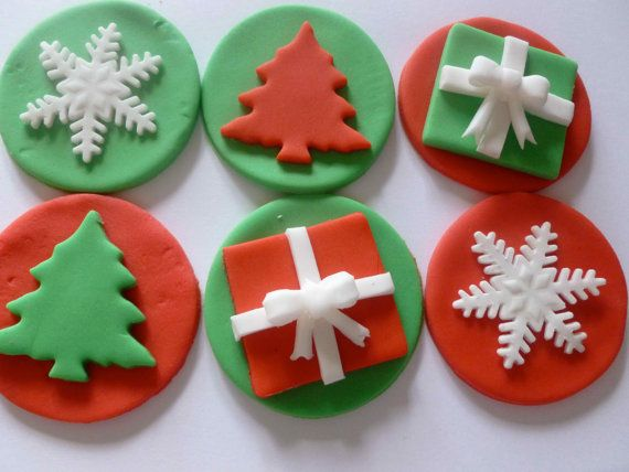 christmas gift cupcake toppers - Christmas Cupcake Decorations