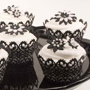 Cute Black and White Cupcakes