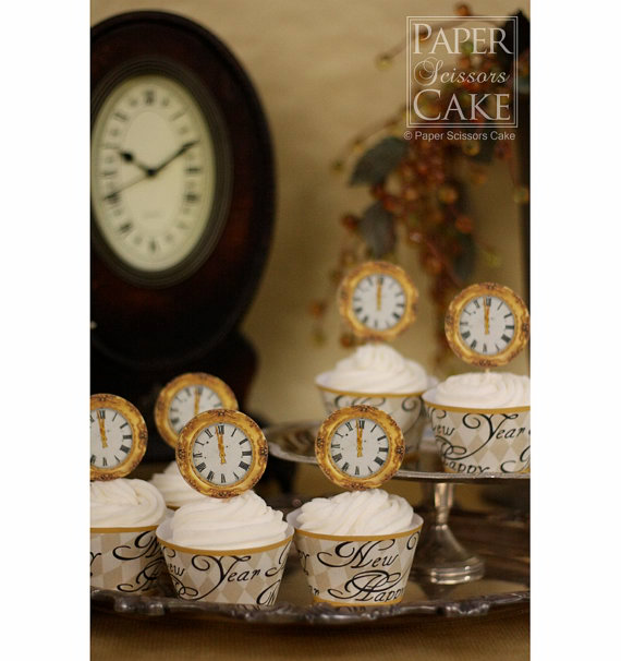 Delicious New Years Eve Cupcakes with Countdown Clock