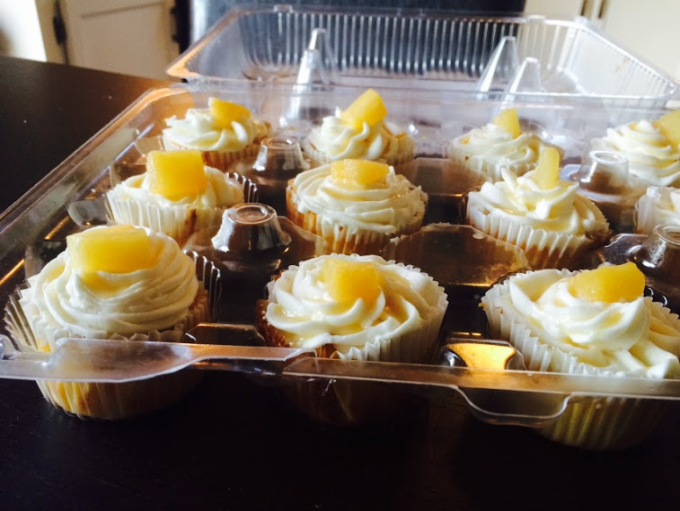 Delicious Pineapple Cupcakes