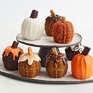 Different Mini Pumpkin Cupcakes