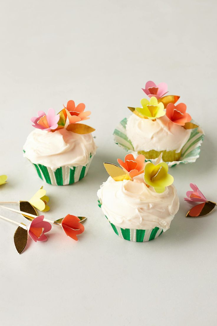 31 beautiful flower cupcake toppers cupcakes gallery fancy flower cupcake toppers izmirmasajfo