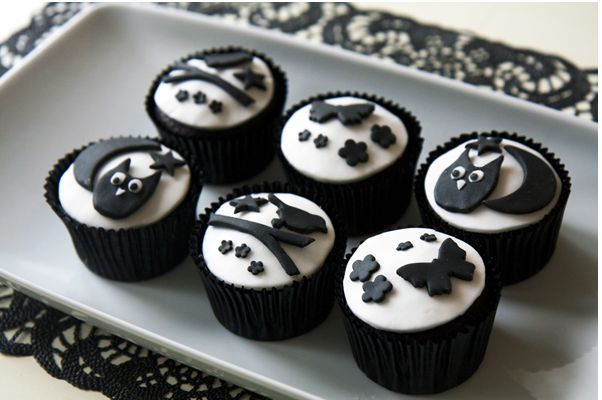 33 Black And White Cupcakes Just For You