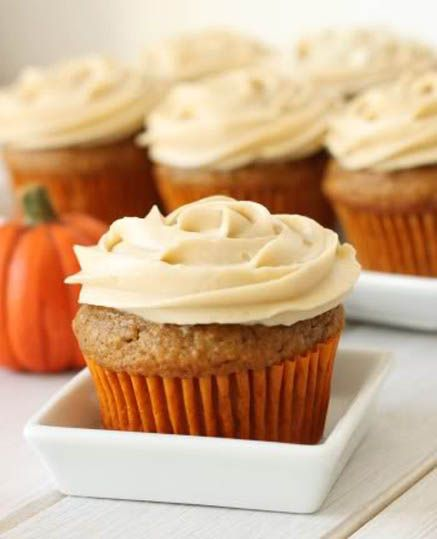 Healthy Whole Grain Pumpkin Cupcakes