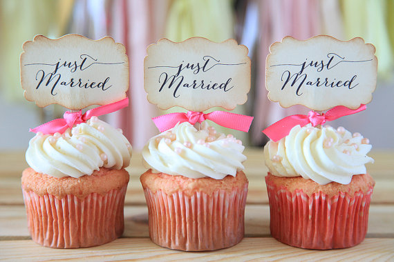 Just married wedding topper cupcakes gallery just married wedding topper junglespirit Images