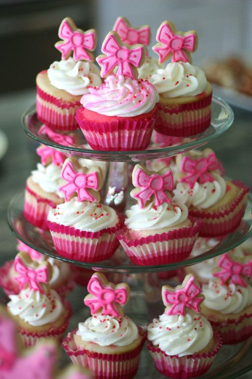 Little Pink Bow Cupcakes