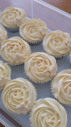 Pearls Topped Anniversary Cupcakes