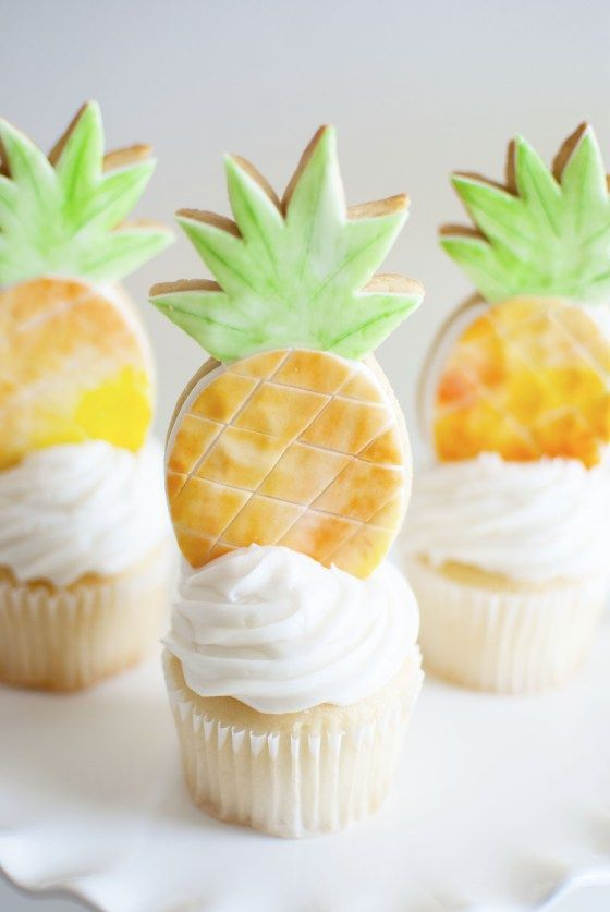 Pineapple Party Cupcakes