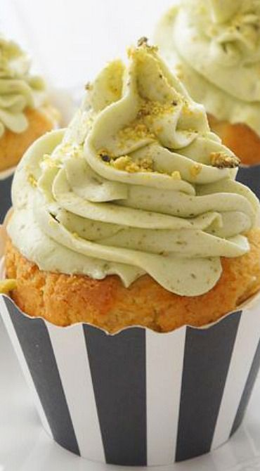 Pistachio Buttercream Frosted White Chocolate Cupcakes