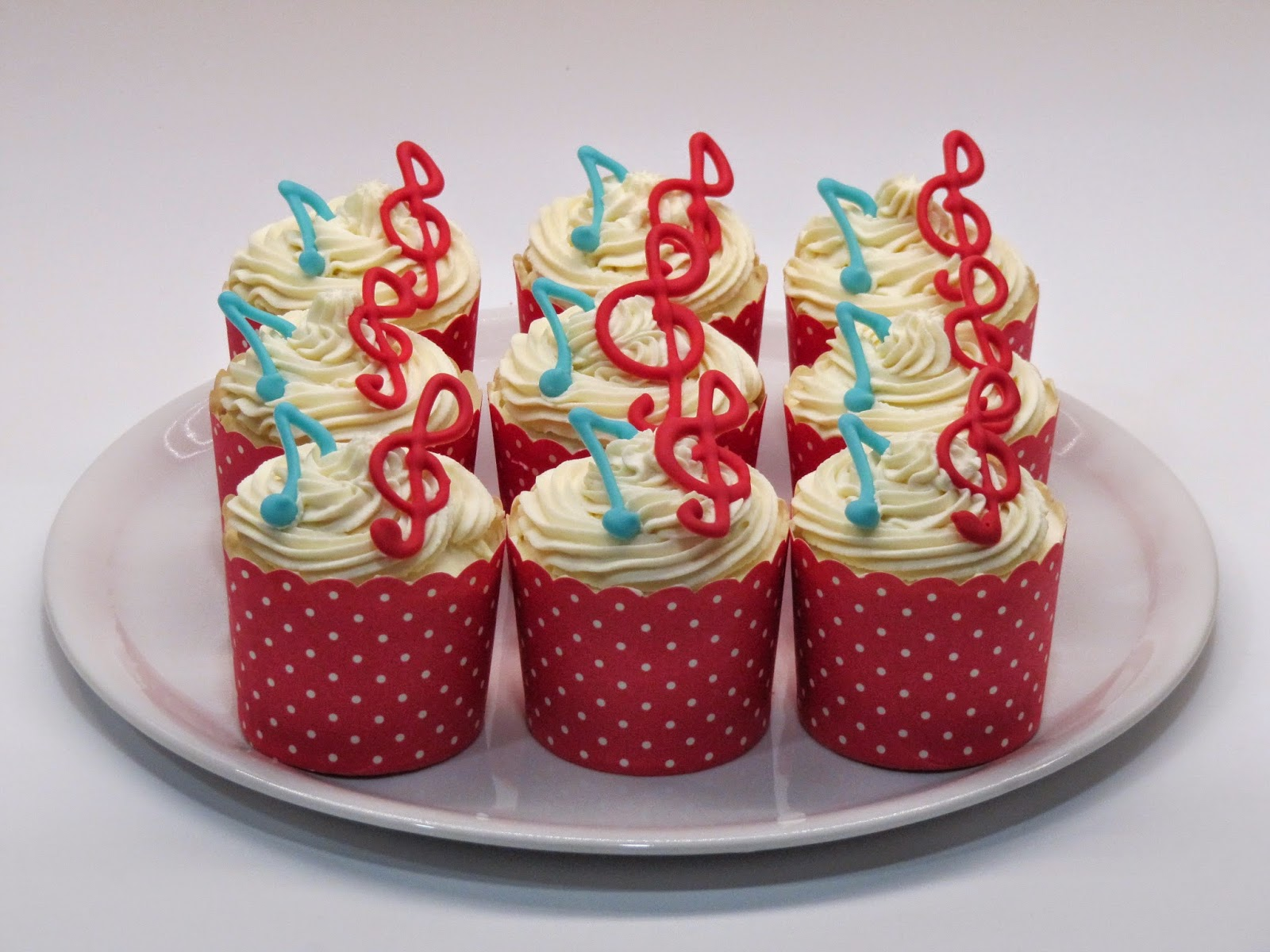 Red And Blue Musical Notes Cupcakes