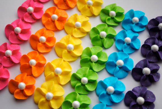 Royal Icing Flower Cupcake Toppers