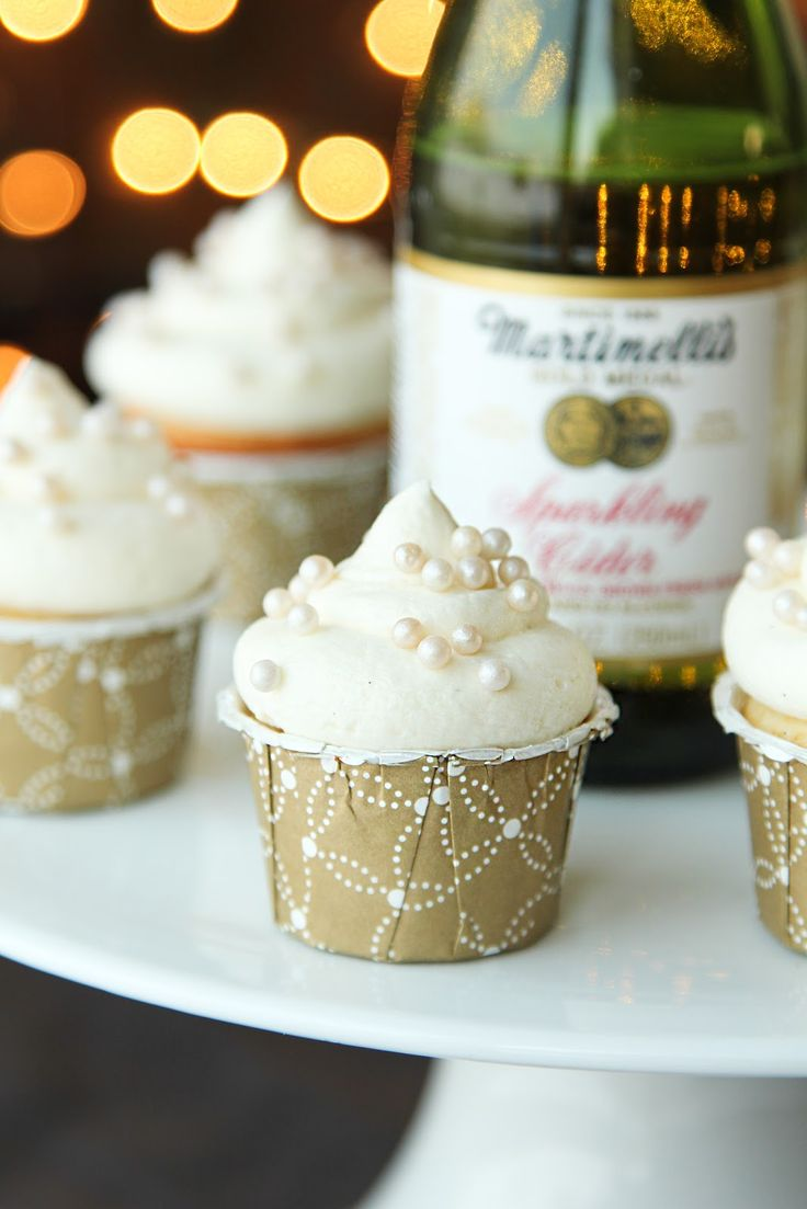 Sparkling Cider Party Cupcakes