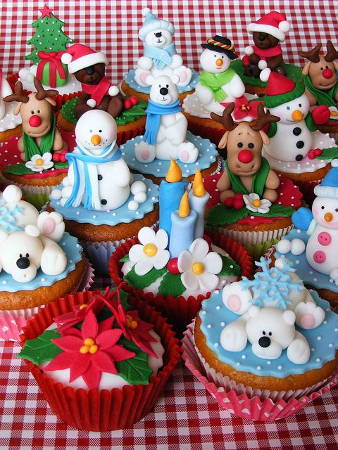 Super Cute Christmas Cupcake Toppers