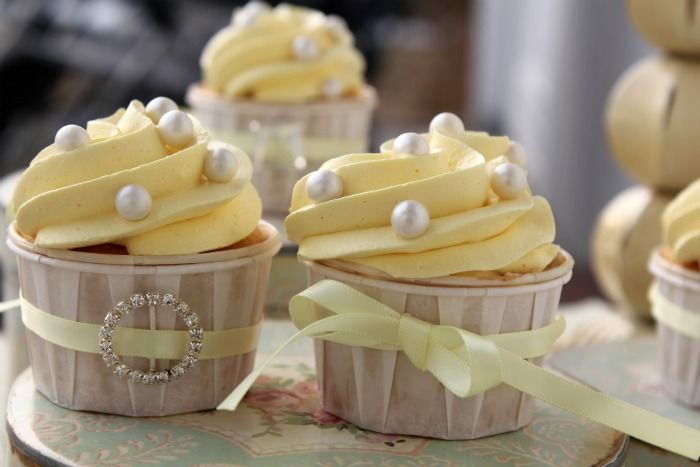White Velvet Lemon Cupcakes