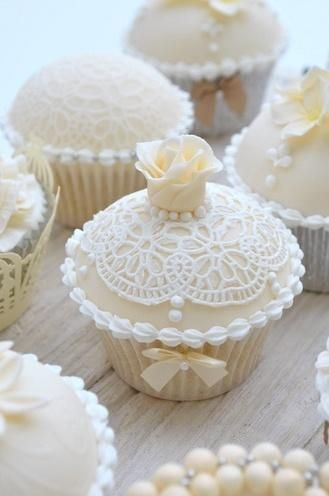 White Wedding Pearl Cupcakes