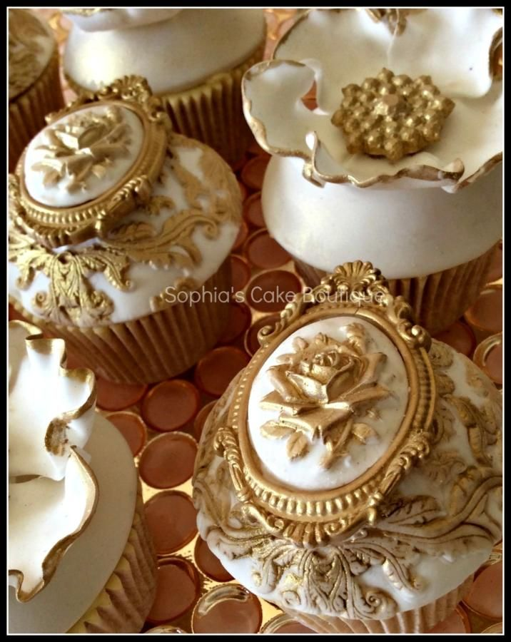Rococo Inspired Cupcakes