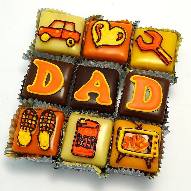 Adorable Father's Day Cupcakes