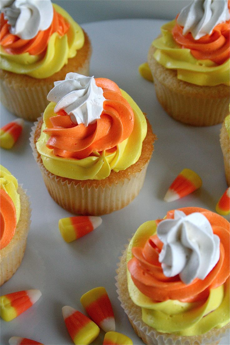 Candy Corn Frosting Cupcakes