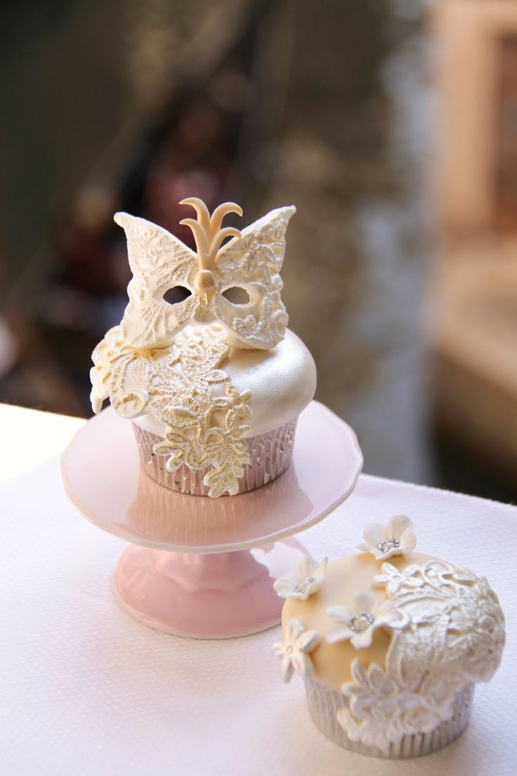 Elegant Butterfly Mask Cupcake