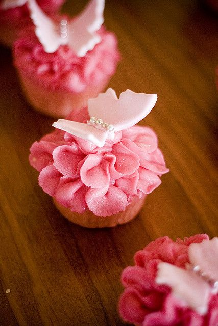 Gorgeous Pink Butterfly Cupcakes
