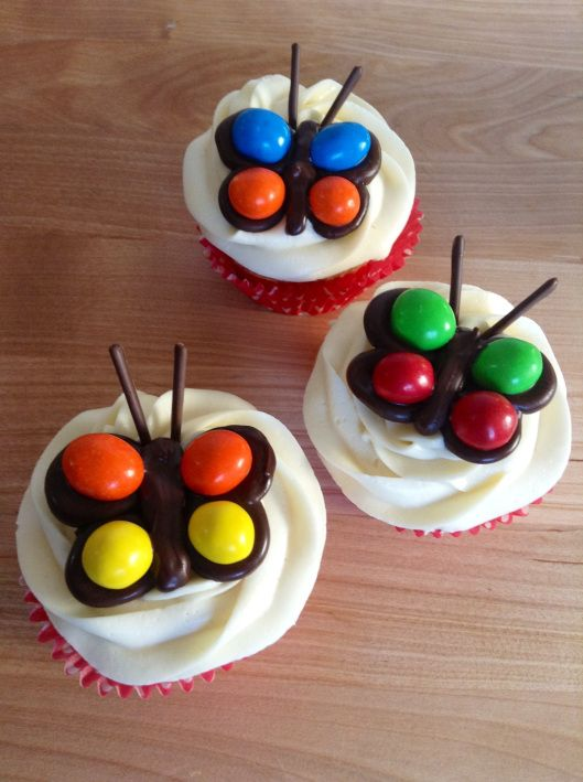 M&M Butterfly Cupcakes
