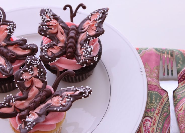 Pink Chocolate Butterfly Cupcakes