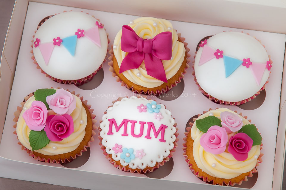Best Cake Designs For Mother : 35 Gorgeous Mother s Day Cupcakes
